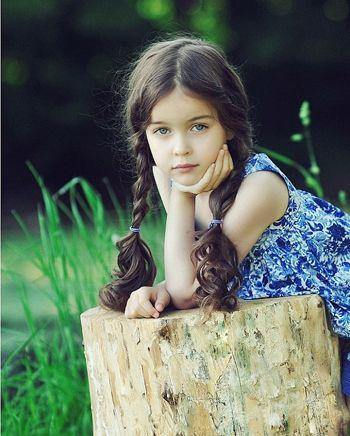 5岁小孩扎发发型 五岁女孩扎辫子发型 发型师姐