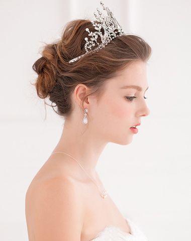 长发盘头新娘头型图片 中长发新娘盘发图片