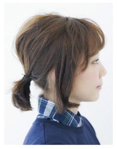 发型设计 学生发型 >> 高中学生短发怎样扎头发 适合高中生的头发扎法图片
