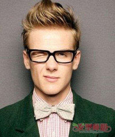 戴眼镜男生头发如何打理 男生容易打理的短发发型