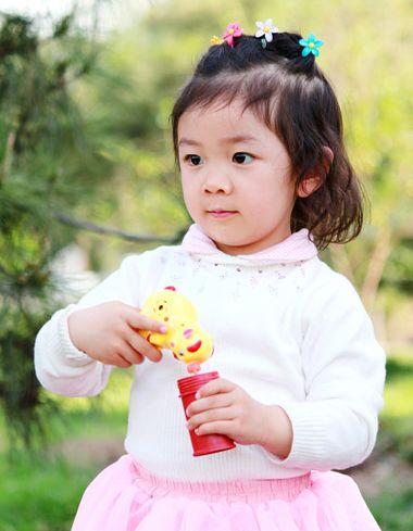 三岁宝宝扎什么发型可爱