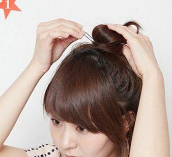 适合中学生的简单长直发发型