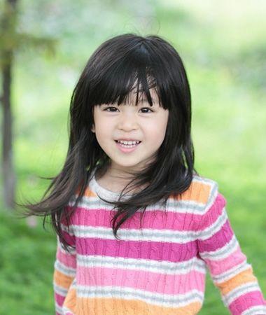 发型设计 儿童发型 >> 小孩梳头发好看的方法 不要编小辫的小孩子发型图片