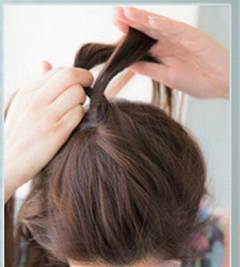 学生长发发型女生扎发步骤 简单学生发型扎法图解图片