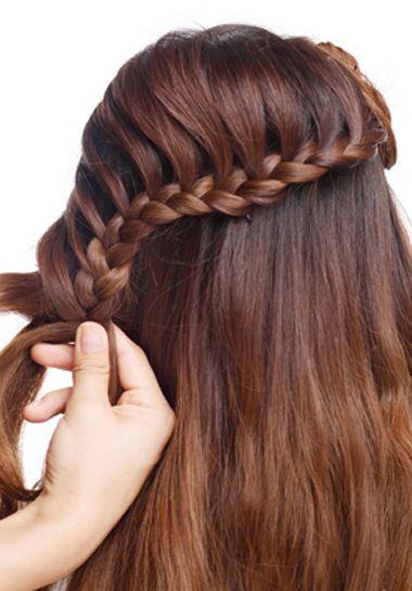 教我盘个简单又大方的新娘发型 新娘盘发发型图片中长发(4)图片