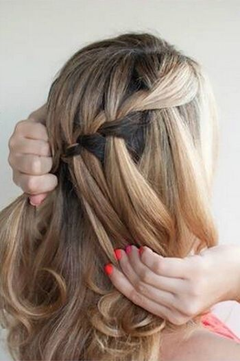 中长发编发发型 最简单编辫子发型扎法图解(3)图片