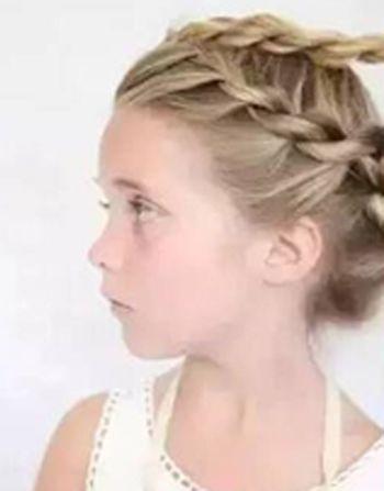 儿童小女孩扎辫(2)