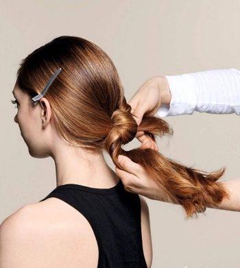 梨花烫发型怎么盘起来 盘头长发发型图片(2)图片