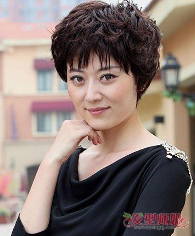 中年女人烫发都有什么发型 韩式中年烫发发型图片图片