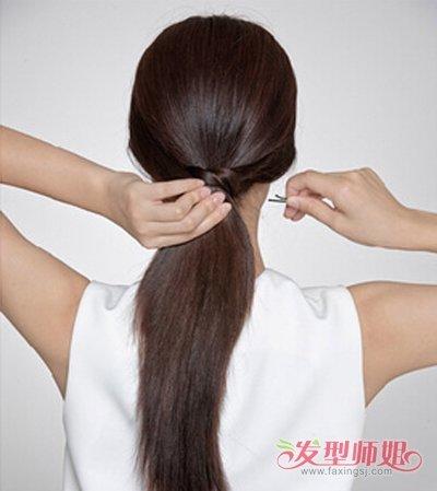 发型diy 长发扎发 >> 高中女生直板头发怎样扎好看 高中生直发捆头发