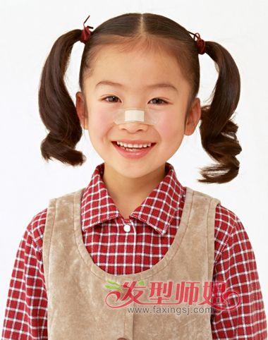 发型设计 儿童发型 >> 小女孩长头发发型扎法 给孩子扎发型的示范图图片