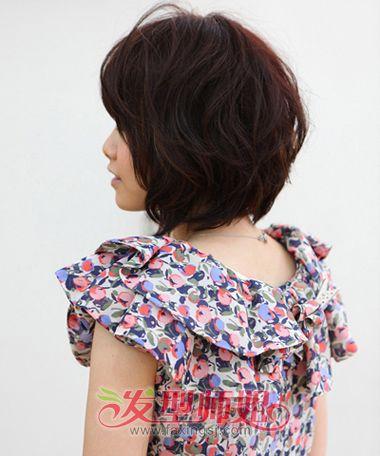 女生胖由字脸短发发型 较适合脸胖的发型照片(3)图片