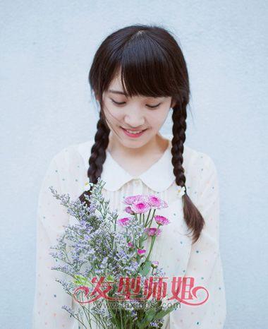 直刘海长头发女生怎么扎头发 直刘海简单扎头发的技巧图片