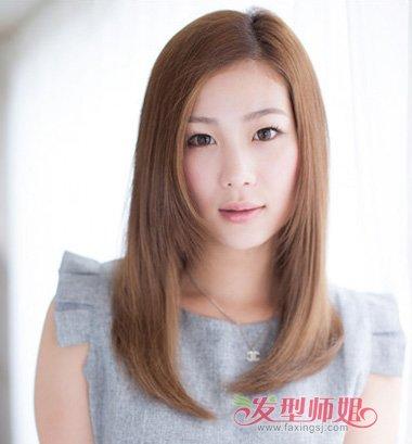 直发 >> 及肩中短发直发发型 及肩短发直发沙宣发型  一九分的女生梳图片