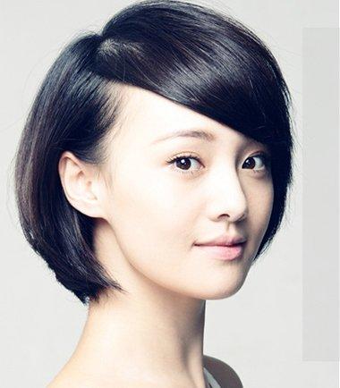 发型设计 短发 >> 2016女学生方脸短发发型图片