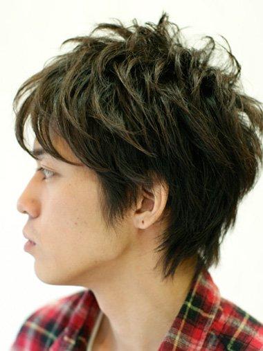 深色系的染发发型,   纹理烫   发型越是蓬松,打理出来的   男生发型   图片
