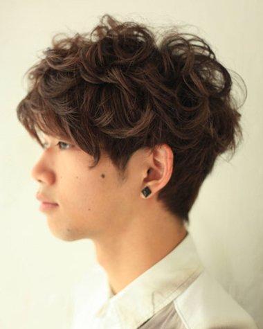 男生小波浪发型图片 初中男发型大全(3)图片