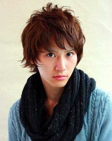 2016男士韩式流行发型 2016男生自己做发型