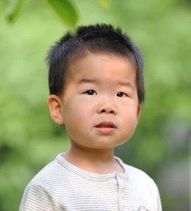 儿童男孩子毛寸发型图片 小男生毛寸刷边发型