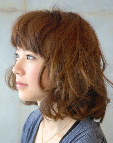大卷烫短发发型图片