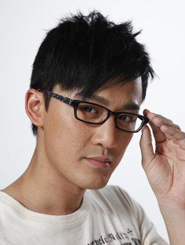 卷头发眼镜男生手绘
