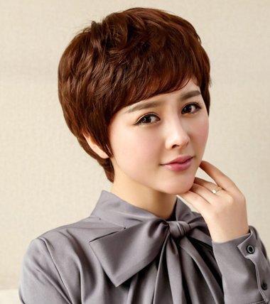 发型设计 中年发型 >> 韩式中老年女士短发发型 老年短碎烫发发型图片