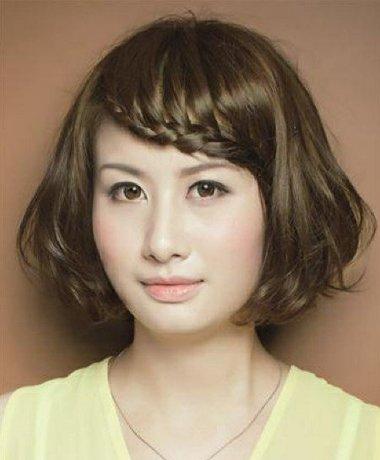 中老年女士短发烫发发型图片 中老年短发弄发型