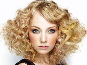 发型设计 短发 >> 短发怎么卷好看图片 短发烫卷2016款图片  短发有着图片