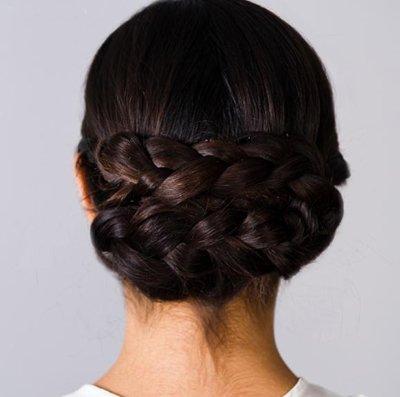 黑长直发盘头发 黑直长发简单盘发步骤(5)图片