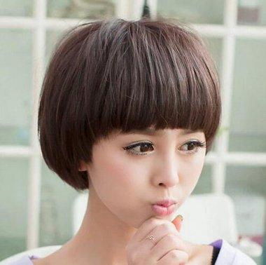 到肩的直发可以剪的蘑菇头发型 2016女生最新蘑菇头发型图片