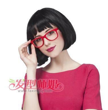 中年短发眼镜造型 中年女性的短发样式(2)