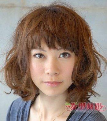 国字脸发量少适合剪短发吗 适合20岁国字脸的最美中短发发型图片(4)图片