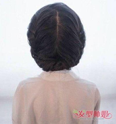 简单古典发型怎么梳步骤 如何梳古典发型(3)图片