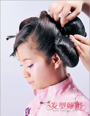 古装简单发型怎么梳 梳发髻发型梳法(10)图片