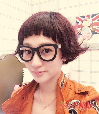 李小冉齐刘海-方形脸女明星短发发型图片 大方脸剪短发好看吗