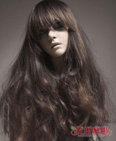长头发烫什么样的卷好看 长头发烫卷发发型图片图片