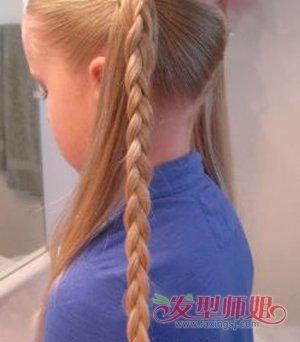发型diy 长发扎发 >> 幼儿班小孩跳舞长头发怎样梳理好看 女生长头发图片