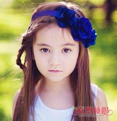 发型师姐编辑:aainforest 分享到  小学女生一头大偏梳的长发灵动极了图片