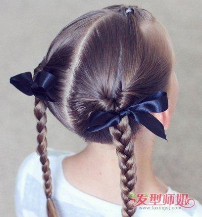 发型设计 儿童发型 >> 二年级小女孩长发怎么扎好看 小女孩中长发扎发