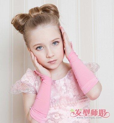 发型设计 儿童发型 >> 小女孩长头发扎法 长头发的既简单又好学的扎法