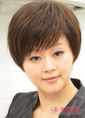 头发少圆脸胖女人适合的发型 50岁圆脸的发型图片