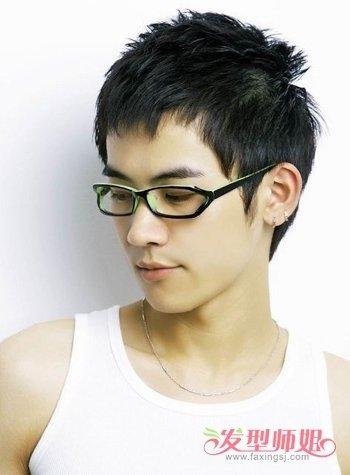 现在初中生男生什么发型最流行 现在初中最流行发型男图片