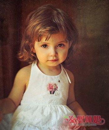两岁女孩子头发怎么剪好看 小女孩头发怎么剪_发型师姐图片