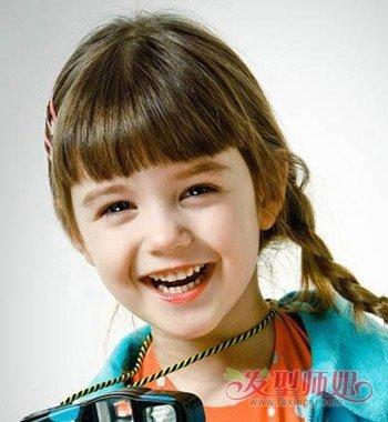 5-8岁女童头发编法 儿童最简单的编头发方法_发型师姐