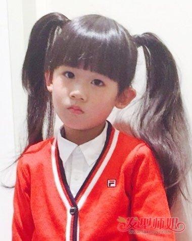 小学生可爱马尾辫发型 好看学生马尾扎法(4)图片