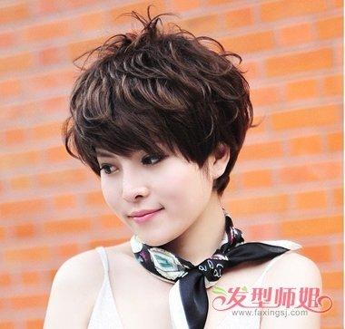 满头烫短头发头发型图片 2018年女生流行烫发发型图片图片
