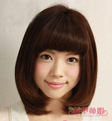 2018年长脸型流行什么发型 长脸美女发型图片大全