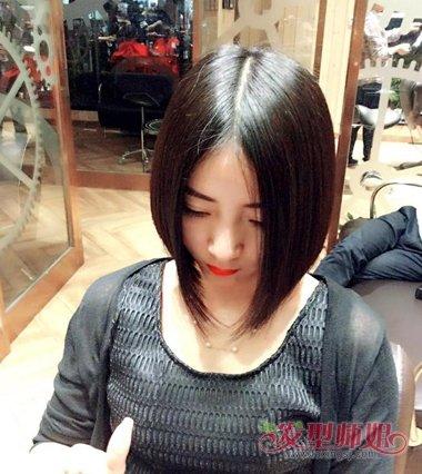 女生中分沙宣发型图片 女生中分发型图片(3)图片