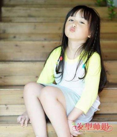 小公主头发型怎么扎 小女孩公主发型扎法图解(3)图片