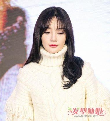 李小璐空气刘海内扣卷发发型图片